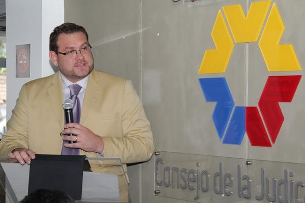 Vocal Fernando Yávar anuncia juzgados para tratar delitos derivados de adicción a drogas