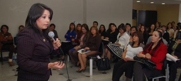 Unidades de Violencia contra la mujer permitirán prevenir re-victimización