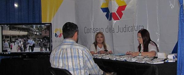 Decenas de ecuatorianos ya se benefician del Buzón del Migrante