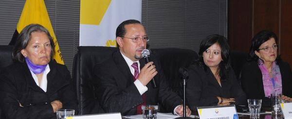 Mesa de Mujer y Justicia trabajan para erradicar la violencia de género